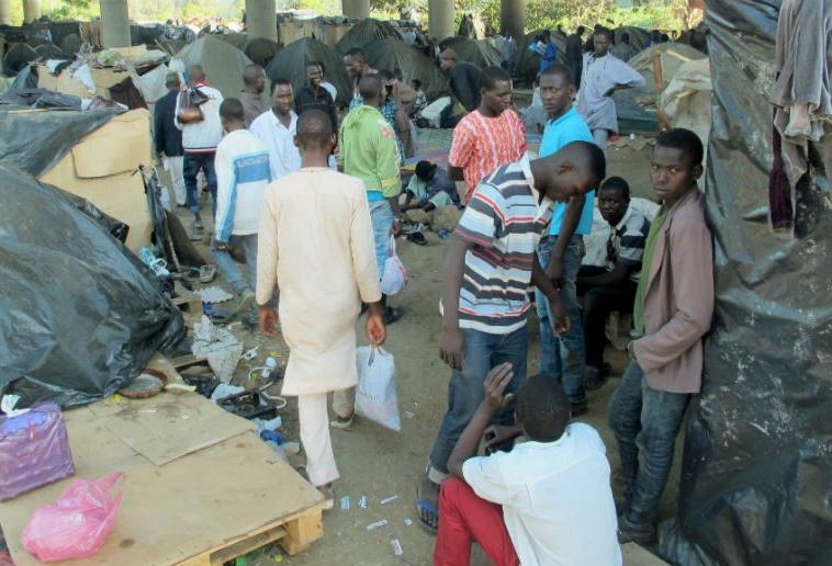 migrants algérie II - Algérie, des migrants battus pendant les rafles