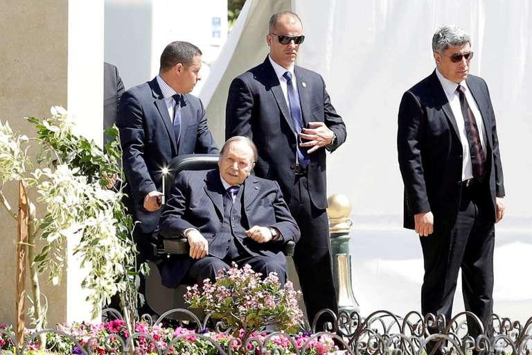 c0fd0e9_GAZ23_ALGERIA-POLITICS-_0817_11.